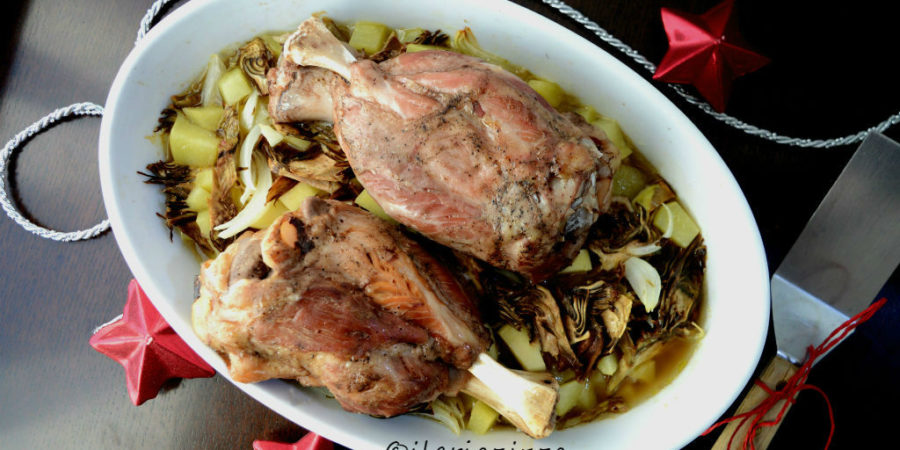 Stinco di prosciutto con carciofi e patate