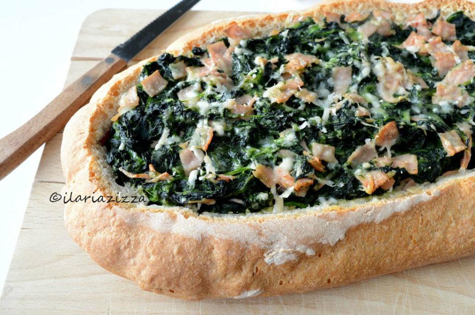 Pane ripieno con spinaci e mortadella