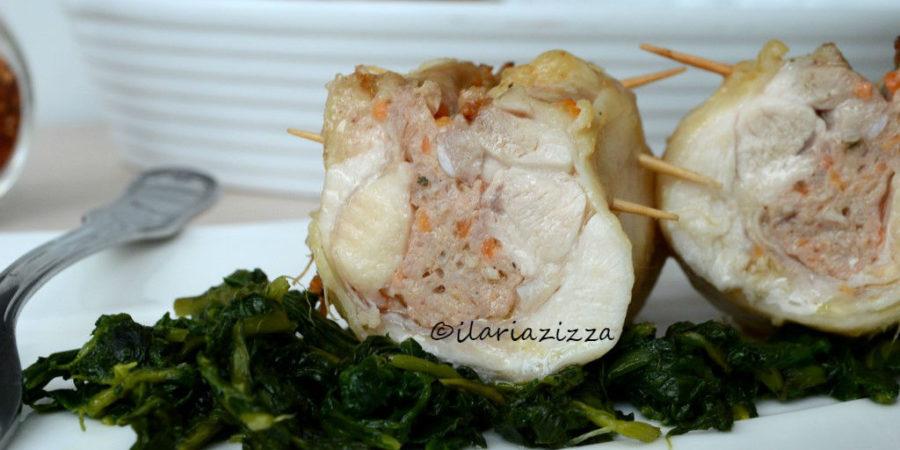 Cosce di pollo ripiene con salsiccia