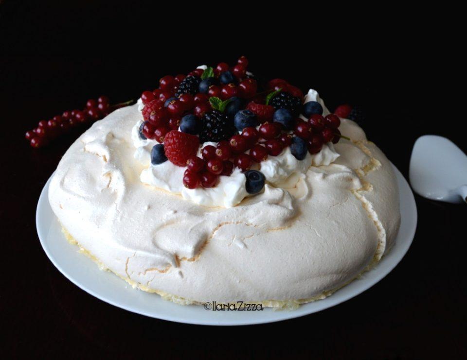 Pavlova torta di meringa