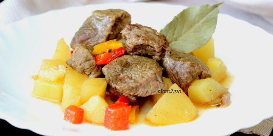 Spezzatino con patate e peperoni