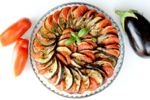 Melanzane al forno con pomodori